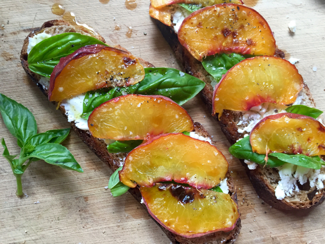 bruschetta w peaches prep