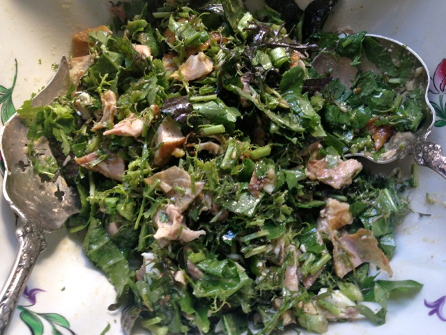 chicken & greens salad tossed